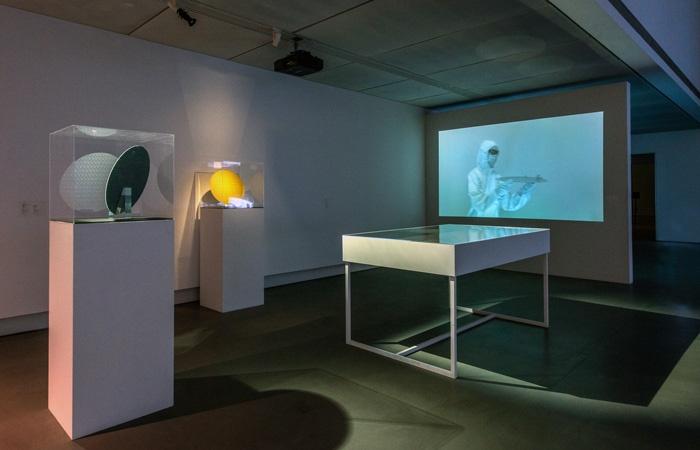 吳其育-45nm-展場裝置照-攝影:林宏龍。高雄市立美術館提供。